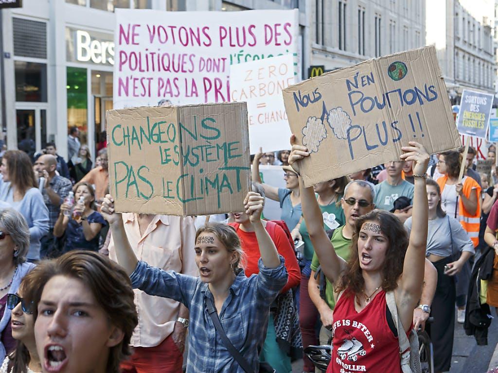 """Résultat de recherche d'images pour """"manifestation climat"""""""