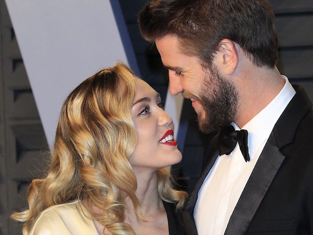 Miley Cyrus Postet Hochzeits Fotos