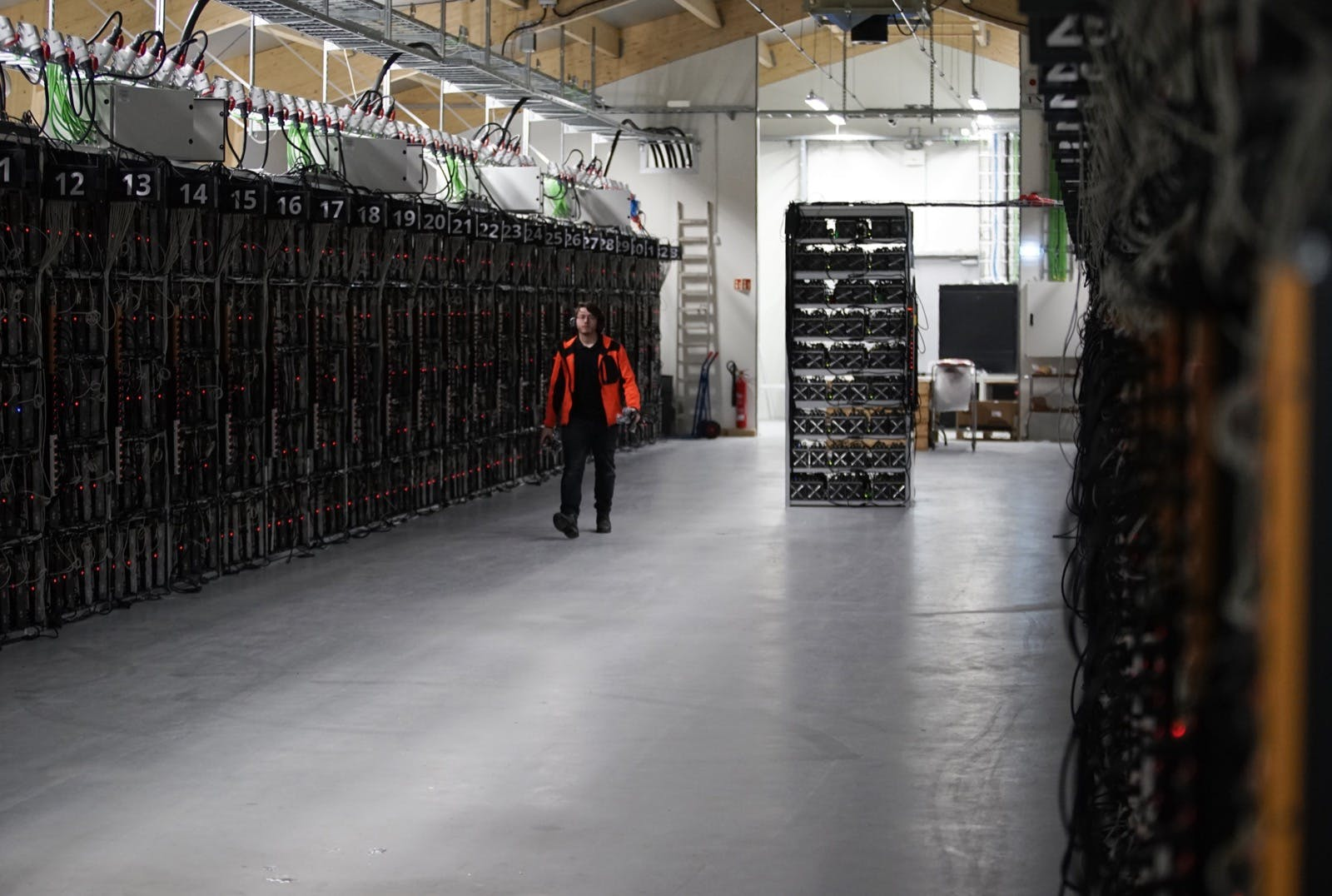 Bitcoin-Mining verbraucht mehr Strom als alle Haushalte