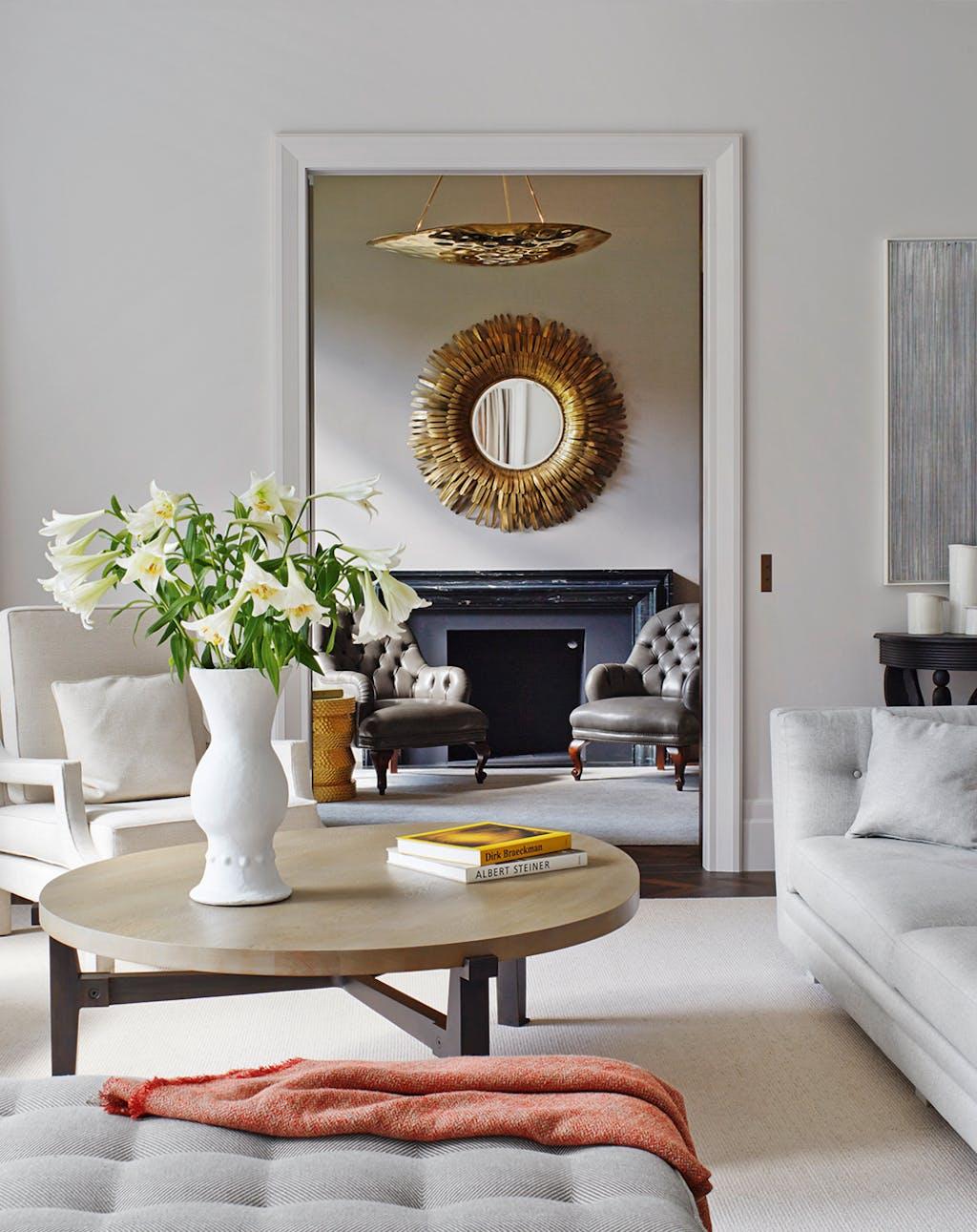 luxus pur wohnen an den besten adressen deutschlands. Black Bedroom Furniture Sets. Home Design Ideas