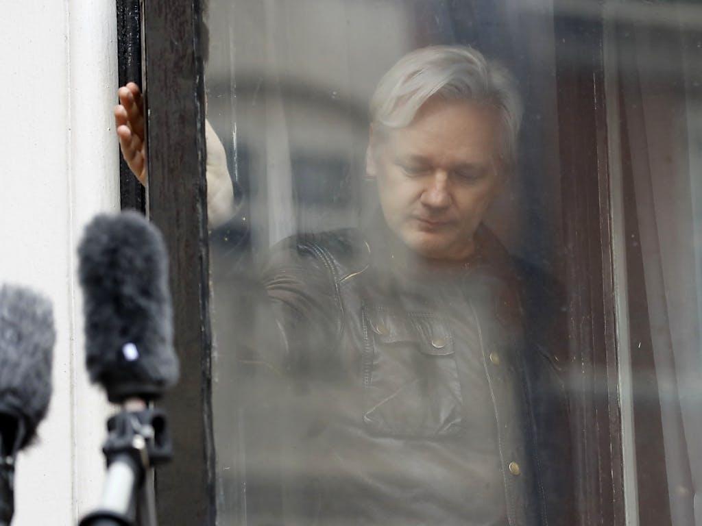 Ecuador kappt Wikileaks-Gründer Assange das Internet