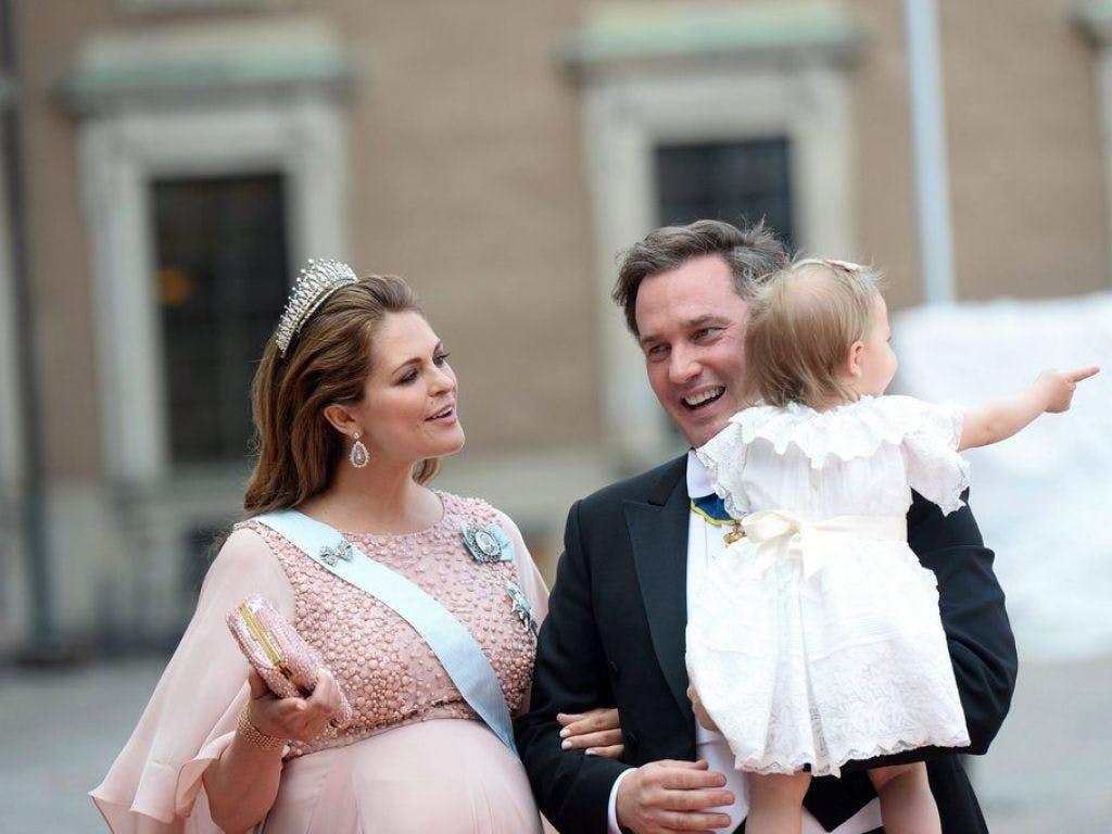 Es ist ein... Prinzessin Madeleine von Schweden bringt drittes Kind zur Welt