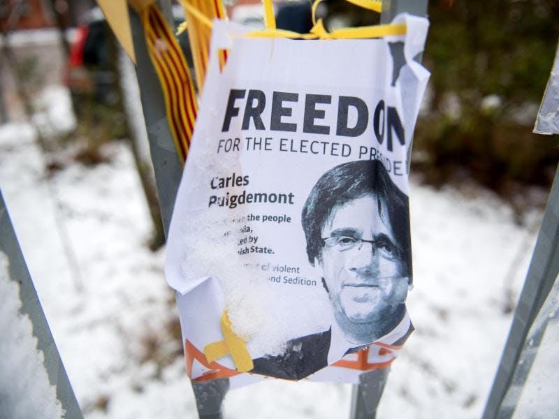 Carles Puigdemont: Staatsanwaltschaft beantragt Auslieferungshaft an Spanien