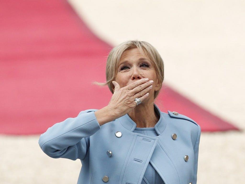 Brigitte Macron Frankreichs Premiere Dame Wird 65