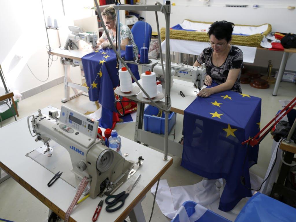 EU-Beitrittsgespräche mit Albanien und Mazedonien empfohlen