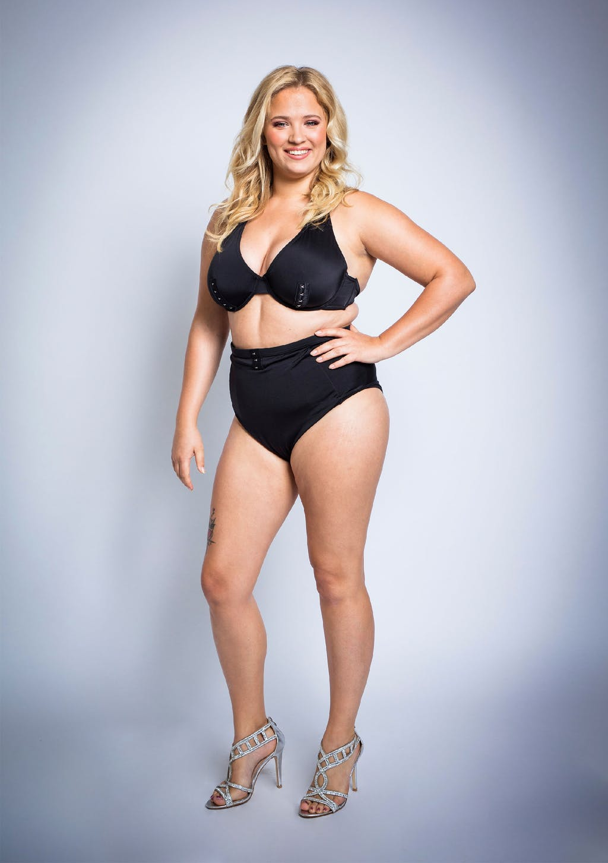 curvy super model