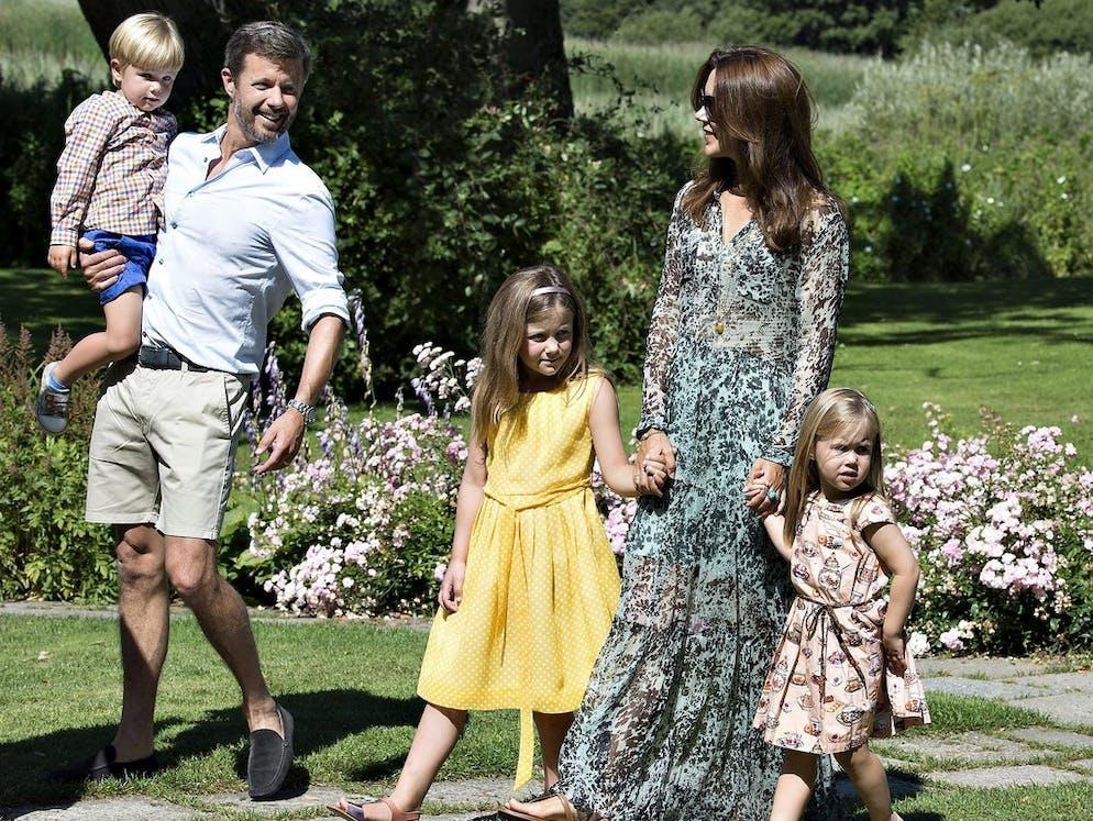 Die 71 besten Ideen zu Kronprinz Frederik in   kronprinz frederik, dänisches königshaus, prinz