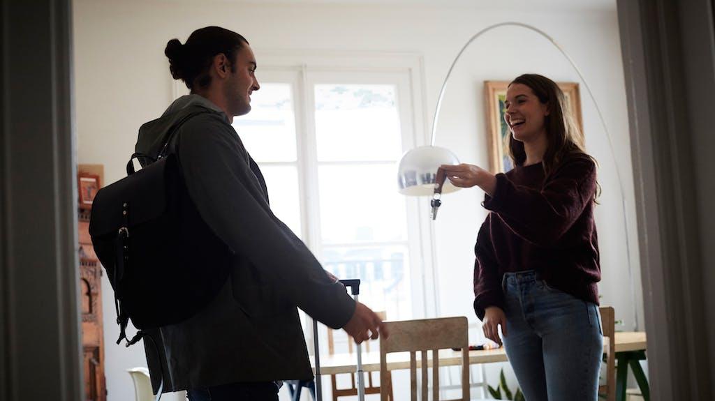 darum schr nken grossst dte airbnb immer mehr ein. Black Bedroom Furniture Sets. Home Design Ideas