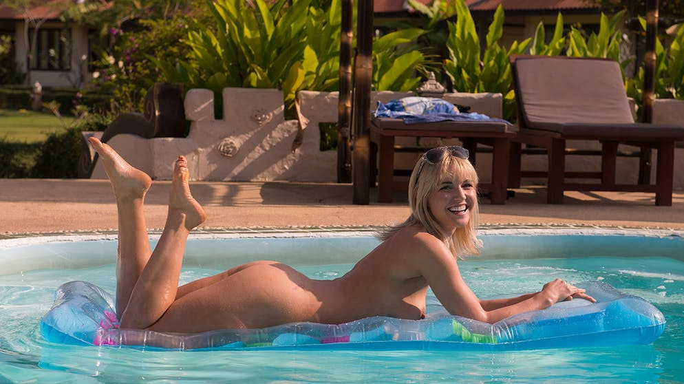 In ferien nackt Nackte reife