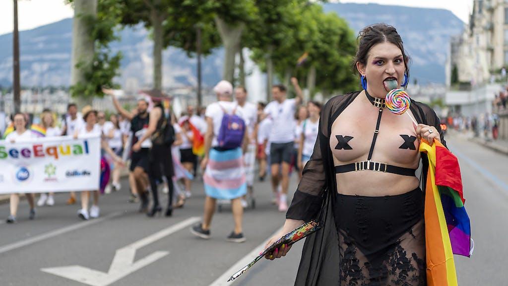 Risultati immagini per immagini di gay pride
