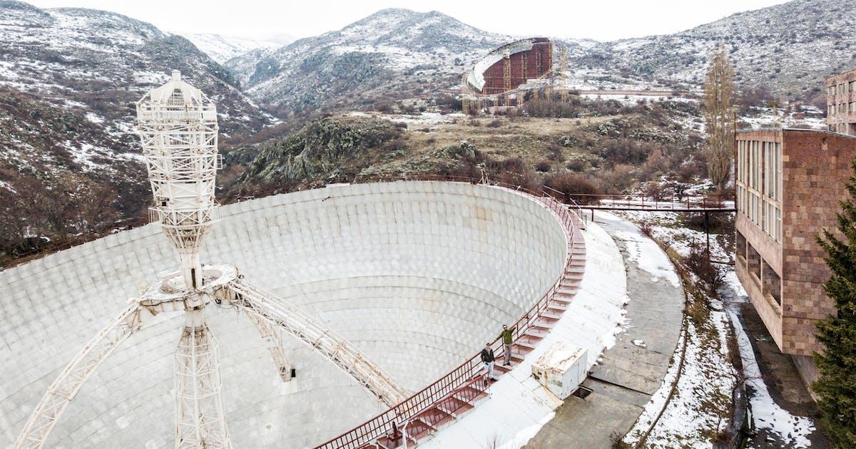Dieses Sowjet Teleskop Verrottet In Armenien