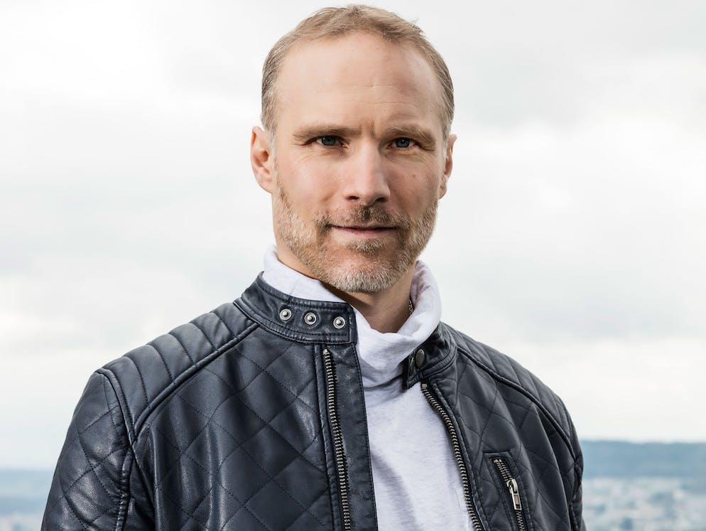 Porträt Jürg Hösli Ernährungsdiagnostiker und Kolumnist bei blue News