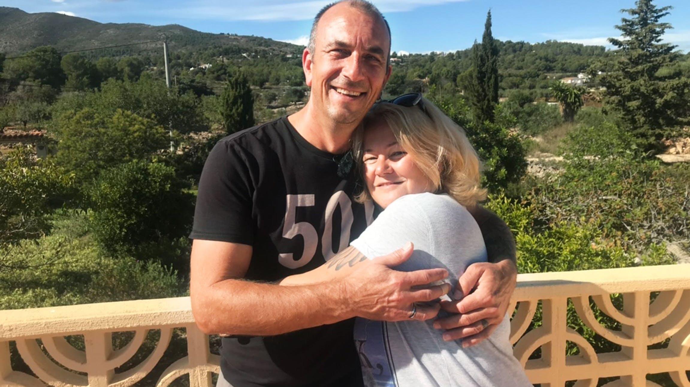 Ralf und Corinne Waldburger an der Costa Blanca, ein Hundehotel ist ihr Traum.