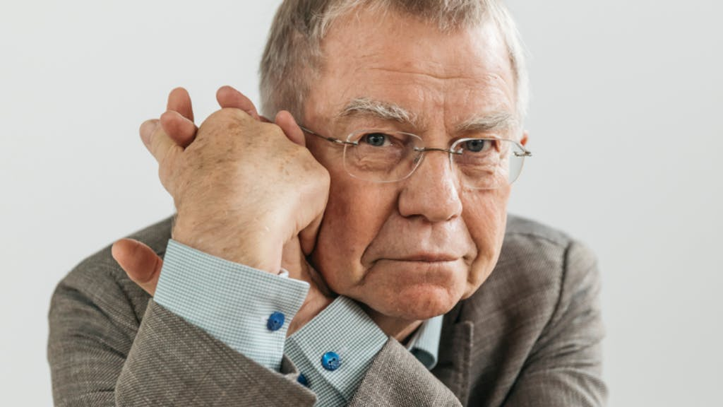 Prof. Dr. Klaus Mnner Institut fr Tierernhrung