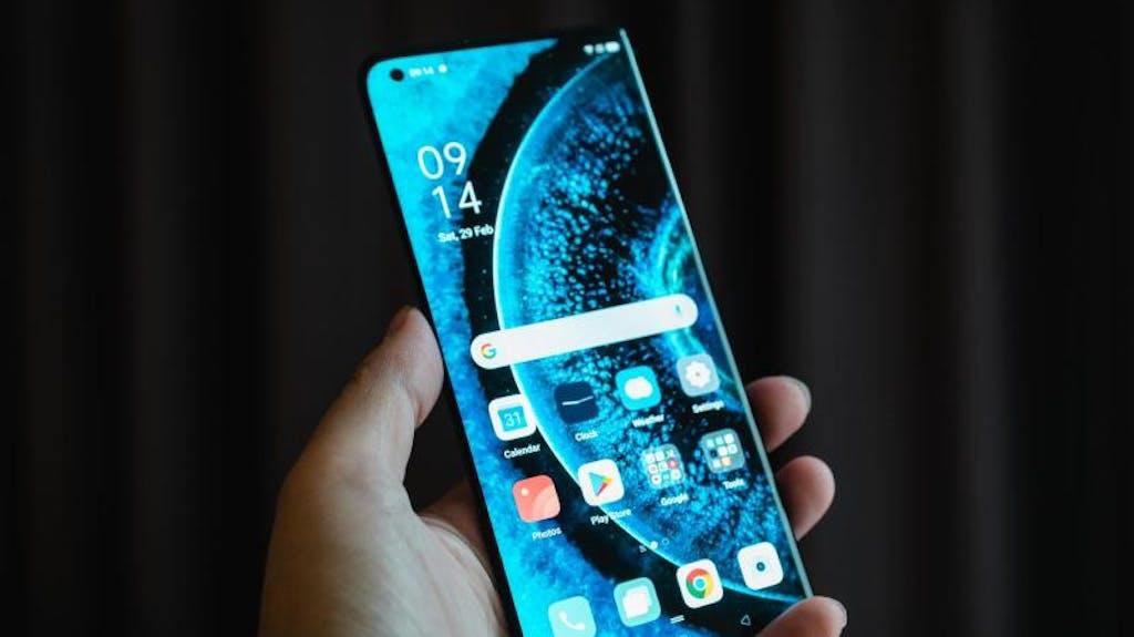 5g Und 120 Hz Oppo Greift Mit Hightech Handy In Der Schweiz An
