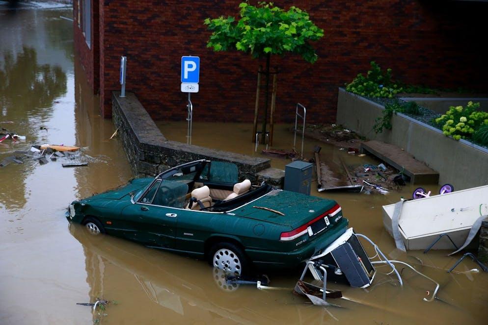 Destruction après de fortes pluies qui ont causé des inondations à Theux, Belgique, le 15 juillet 2021.