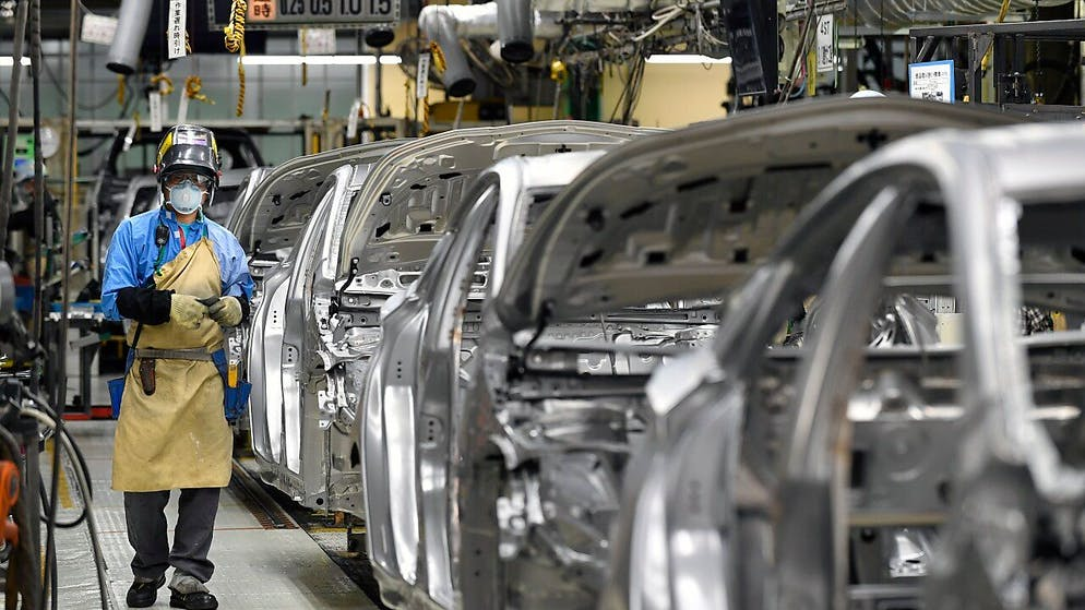 Industrial manufacturing plummets in Japan in July