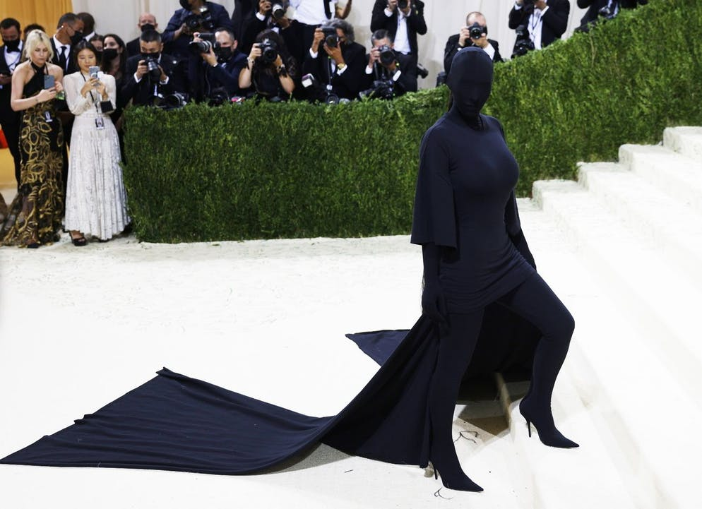epa09466890 Kim Kardashian poses on the red carpet for the 2021 Met Gala, the annual benefit for the Metropolitan Museum of Art's Costume Institute, in New York, New York, USA, 13 September 2021. The event coincides with the Met Costume Institute's first two-part exhibition, 'In America: A Lexicon of Fashion' which opens 18 September 2021, to be followed by 'In America: An Anthology of Fashion' which opens 05 May 2022 and both conclude 05 September 2022. EPA/JUSTIN LANE ALTERNATE TONING AND CROP