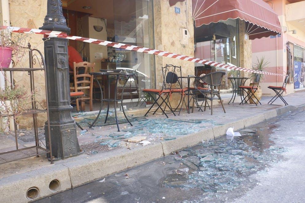 Suite du tremblement de terre à Arkalochori, dans l'est de la Crète, Grèce, le 27 septembre 2021.