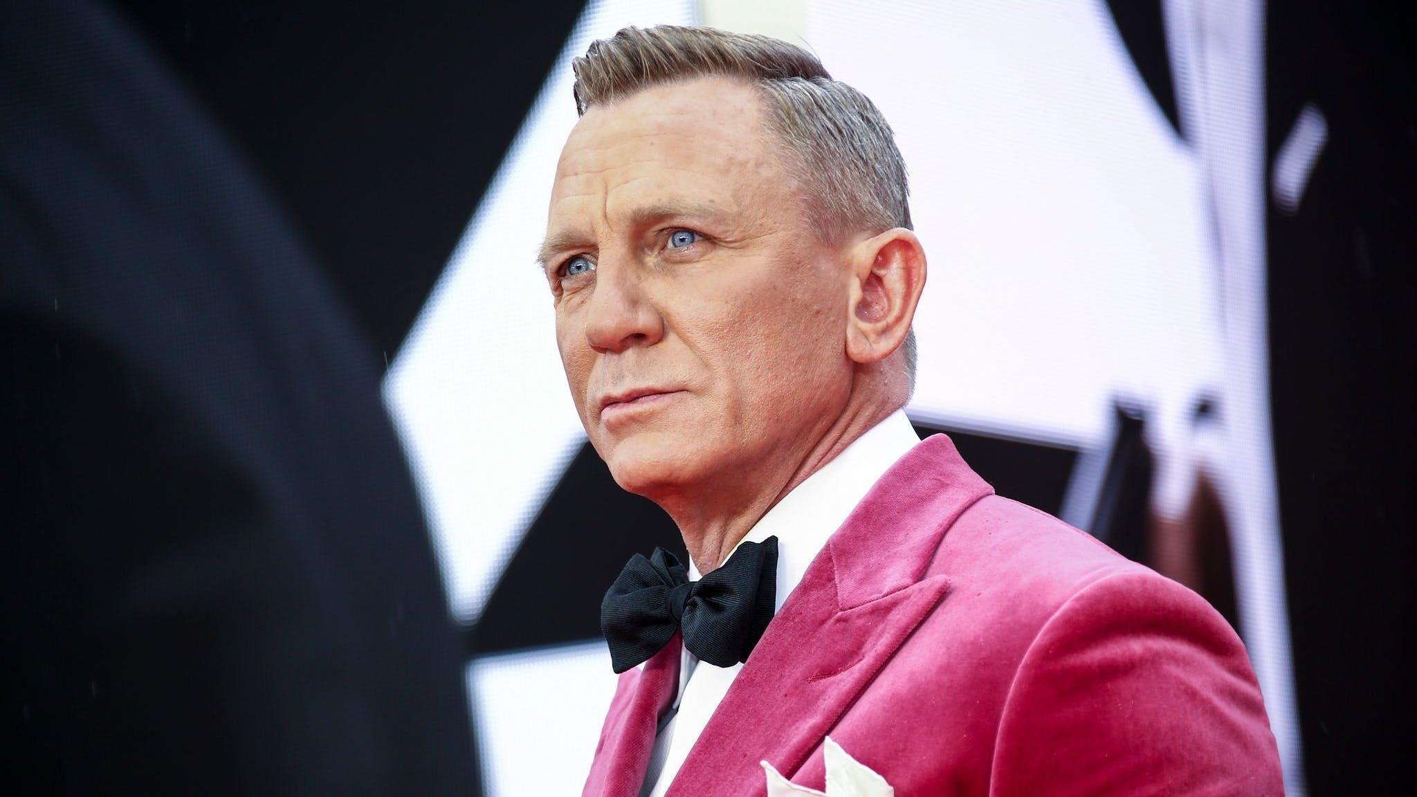 Stahlblaue Augen, weinrotes Jackett: Daniel Craig bei der Weltpremiere des lang erwarteten Bond-Films «NoTime To Die».
