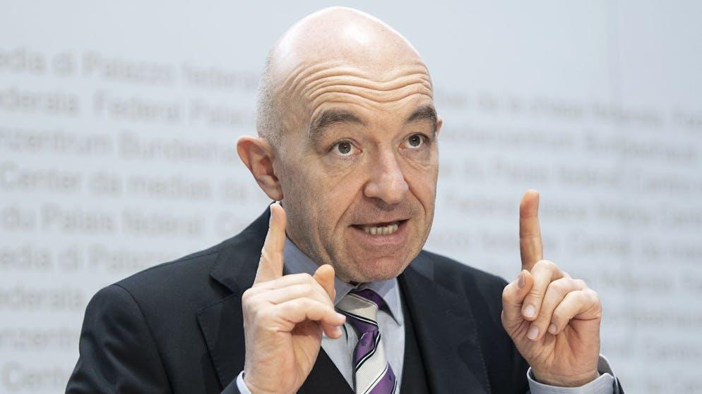Daniel Jositsch, Staenderat SP-ZH, vom Initiativkomitee, aeussert sich an einer Medienkonferenz zur Konzernverantwortungsinitiative, am Montag, 2. November 2020, in Bern. (KEYSTONE/Peter Schneider)