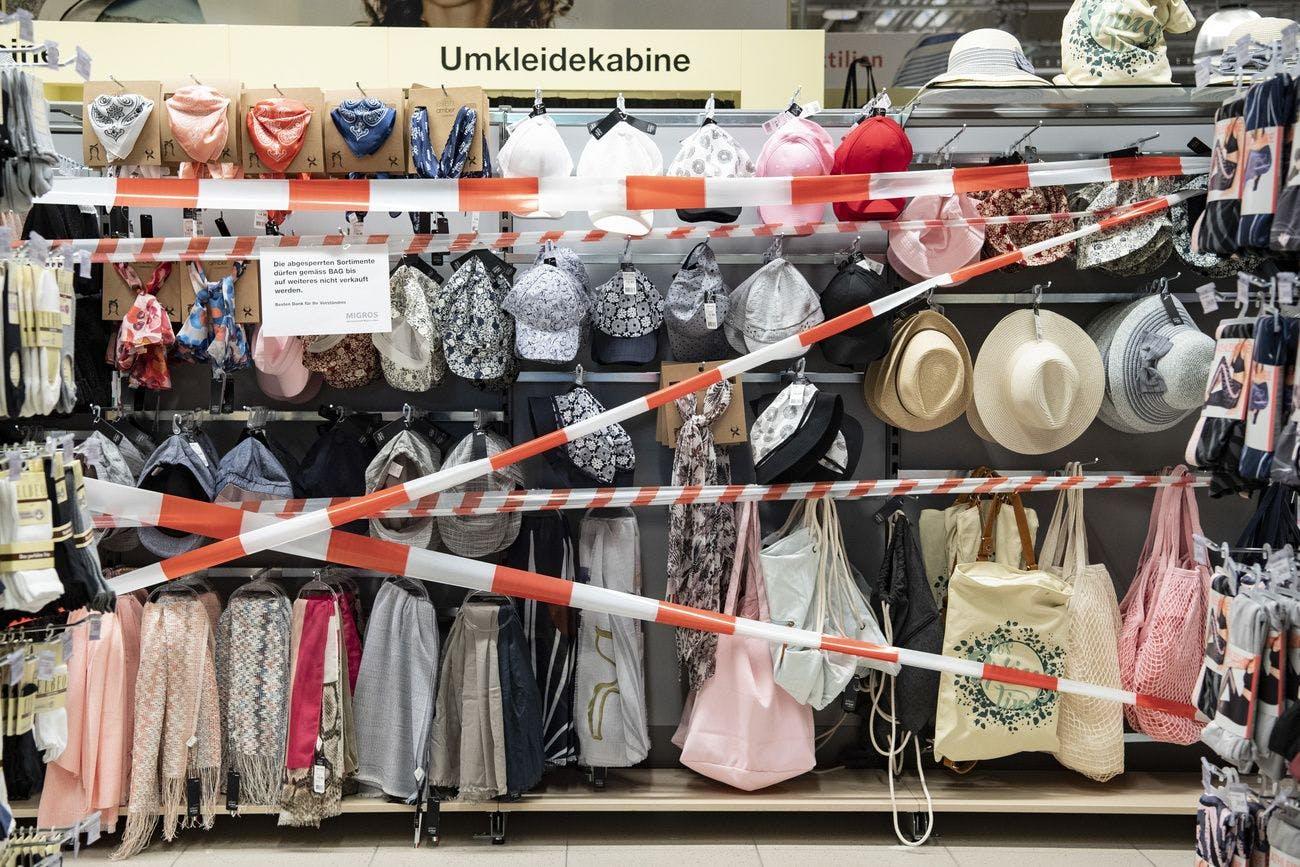 keine neuen kleider – migros nimmt mode aus dem sortiment