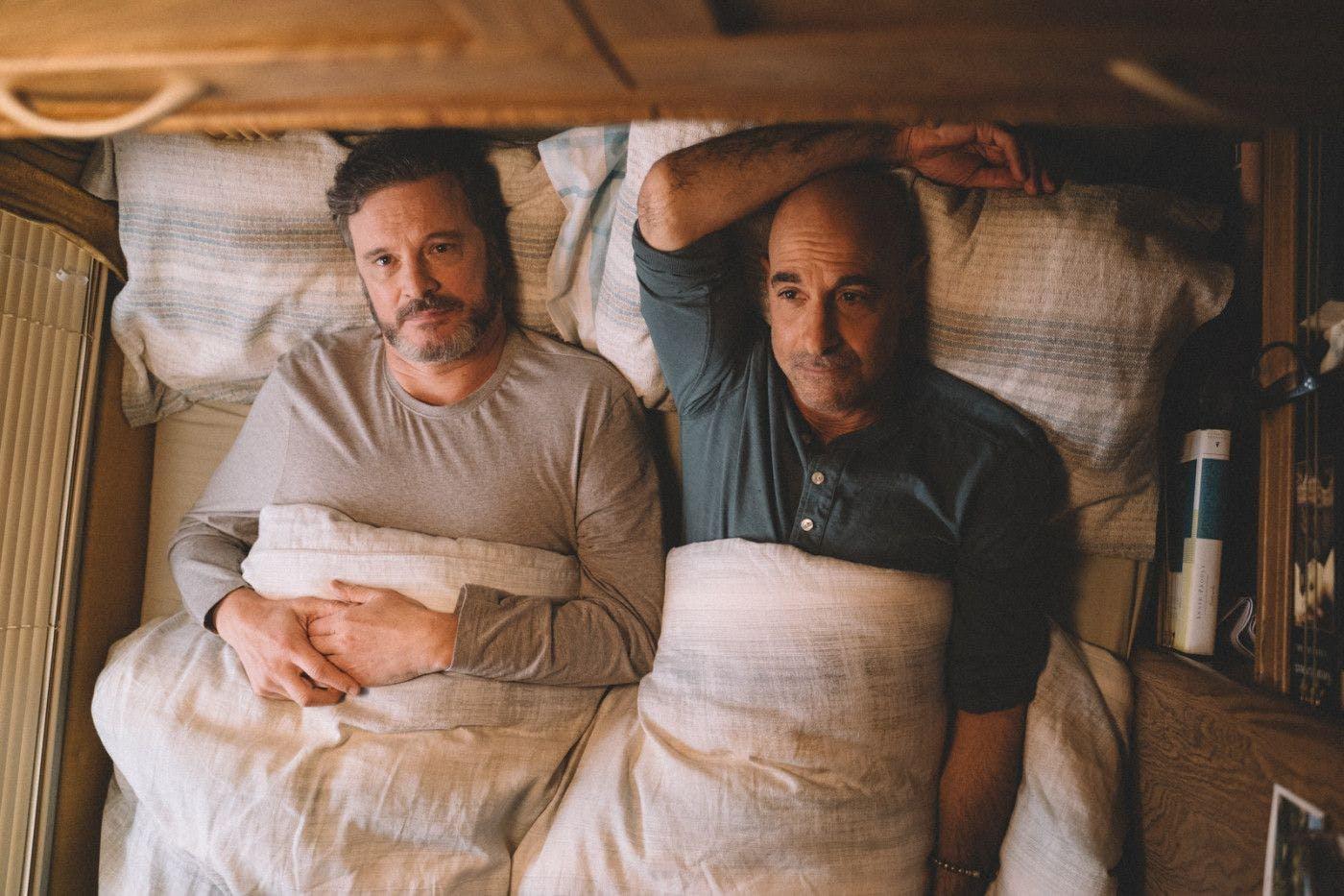 Abschied auf Raten: Colin Firth und Stanley Tucci spielen in «Supernova» Sam und Tusker – ein Paar, das mit dem Wohnmobil durch England fährt, um Familie und Freunde noch einmal zu besuchen. Da bei Tusker Demenz diagnostiziert wurde, sind die bewusst gelebten Momente kostbarer denn je.