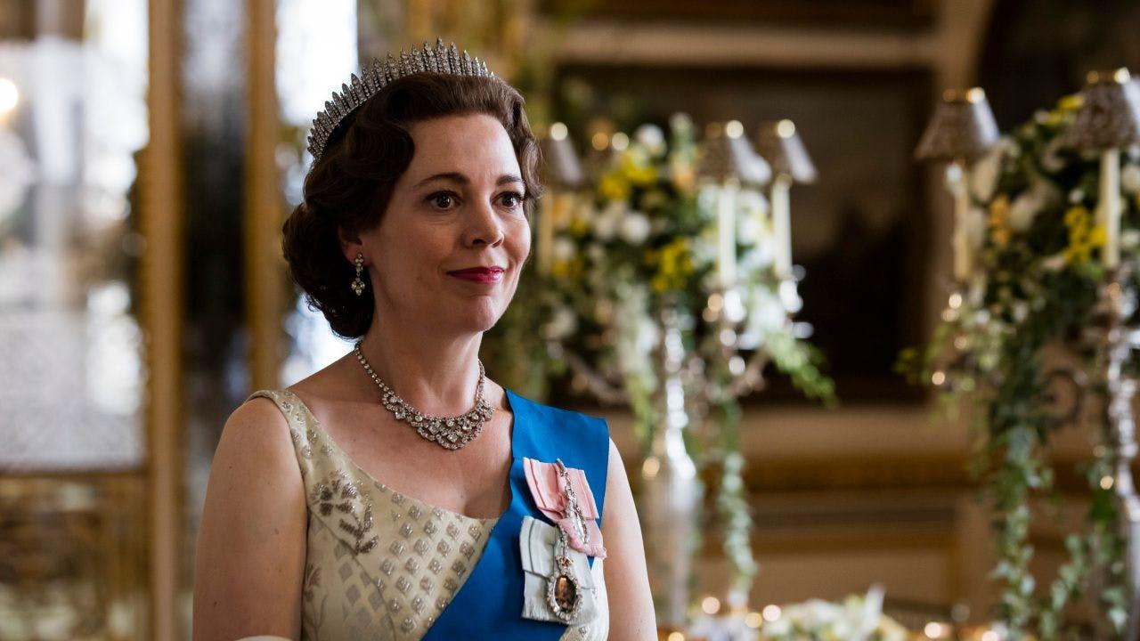 Olivia Colman spielt Königin Elizabeth II. in «The Crown». Die Serie geht als einer der Favoriten ins Rennen um die Fernseh-Golden-Globes.