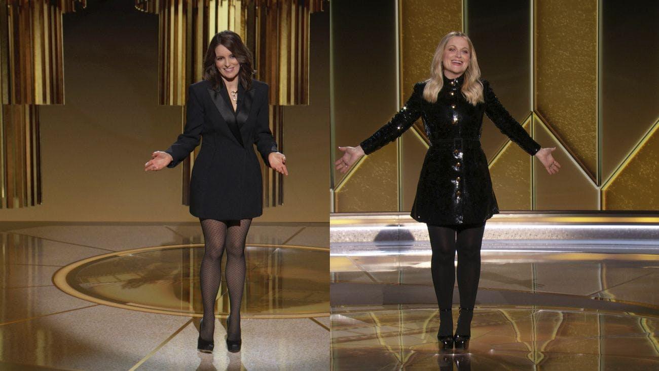 Die Golden Globes wurden zum 78. Mal vergeben. Die Komikerinnen Tina Fey und Amy Poehler moderierten die Zeremonie von getrennten Bühnen in Kalifornien und New York aus. Nachfolgend alle Gewinner*innen der wichtigsten Kategorien.