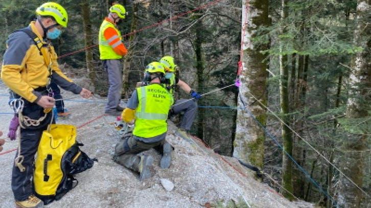 Salvate tre persone dalle gole dellEvi, facevano canyoning