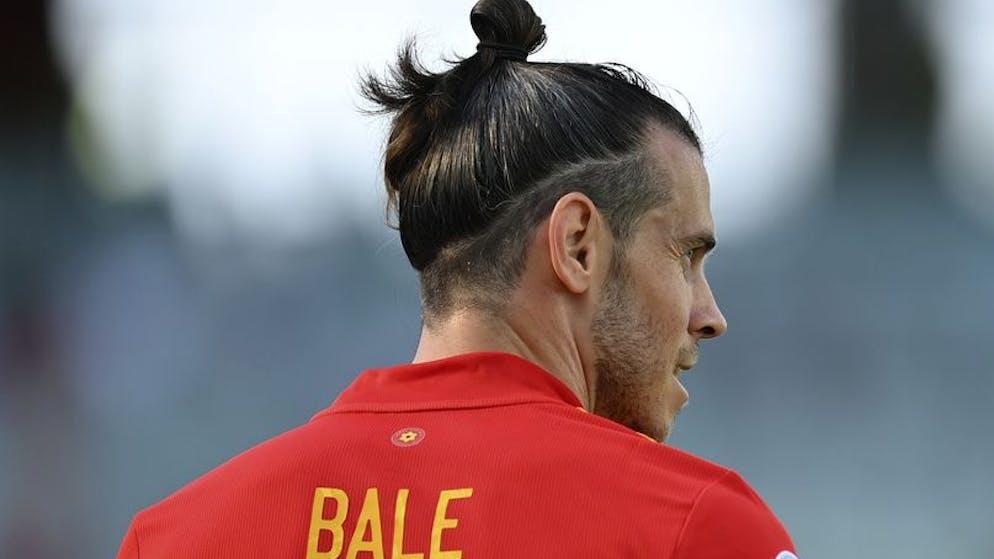 Wales' Gareth Bale watches play during the Euro 2020 soccer championship group A match between Wales and Switzerland at Baku Olympic Stadium in Baku, Azerbaijan, Saturday, June 12, 2021. (AP Photo/Dan Mullan, Pool)