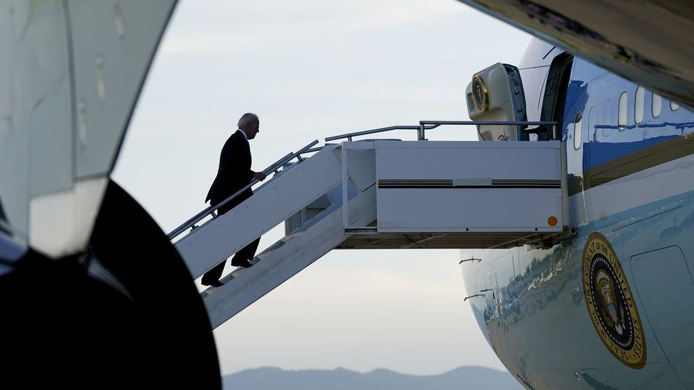 President Joe Biden boards Air Force One at Geneva Airport in Geneva, Switzerland, Wednesday, June 16, 2021. Biden is returning to Washington as he wraps up his trip to Europe. (AP Photo/Patrick Semansky)