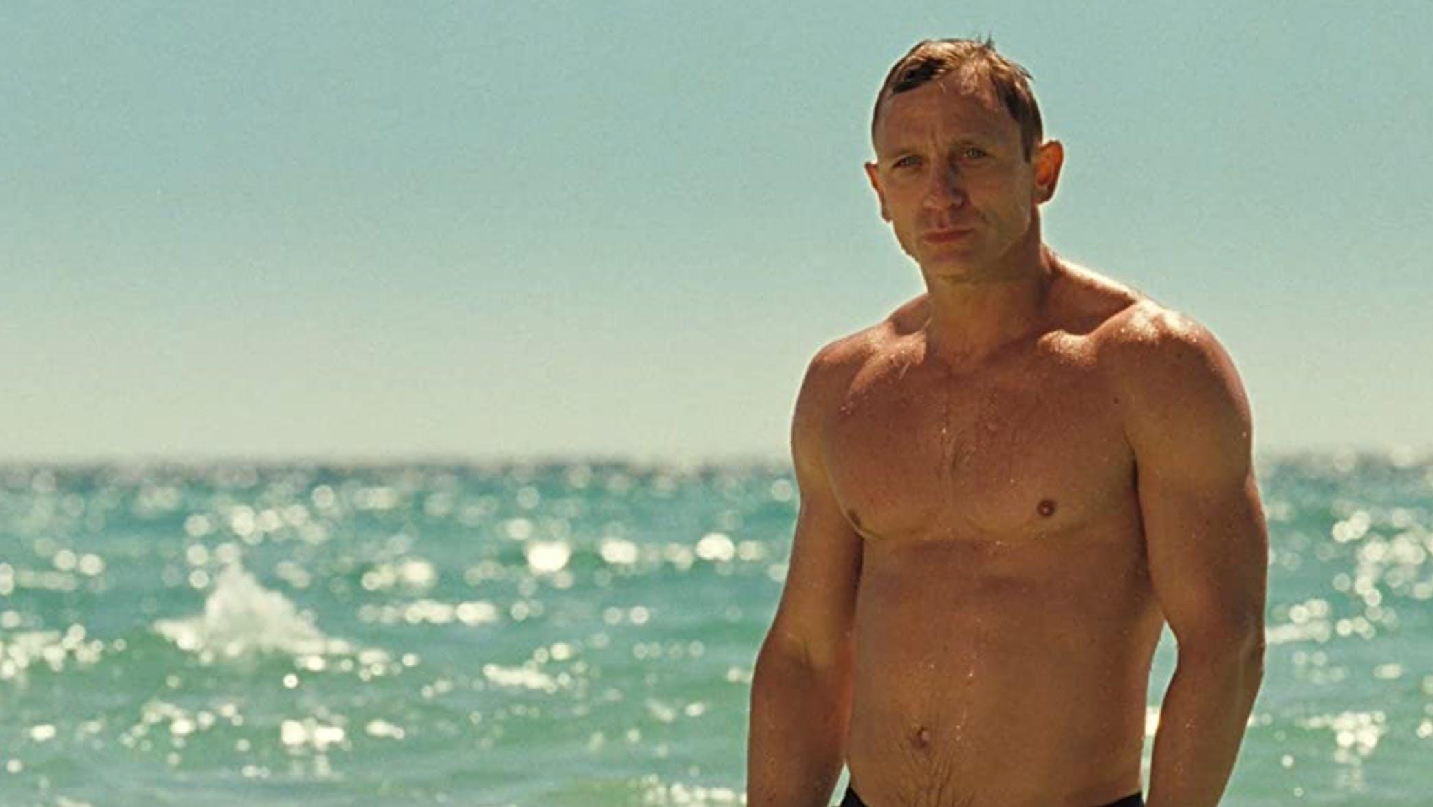 Craig schreitet in «Casino Royale» aus dem Meer. Muskelbepackt, ein Kerl wie ein Schrank, ein menschlicher Panzer quasi. Unfassbar.