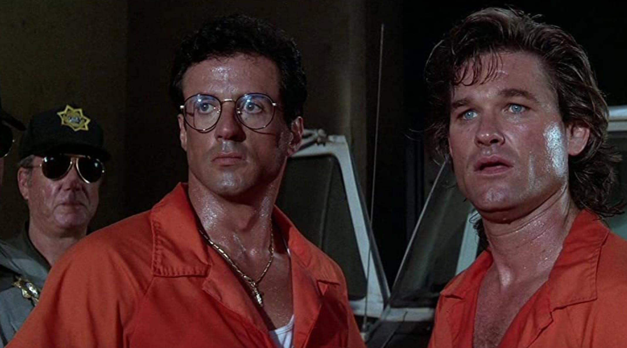 «Tango & Cash»: Stallone stand hier mit Kurt Russell vor der Kamera. Ein weiteres Zitat, das sich mit Gold aufwiegen lässt: «Du siehst ein bisschen blutarm aus, du könntest ein wenig Eisen vertragen», dabei nimmt Sly seinen Revolver zur Hand.